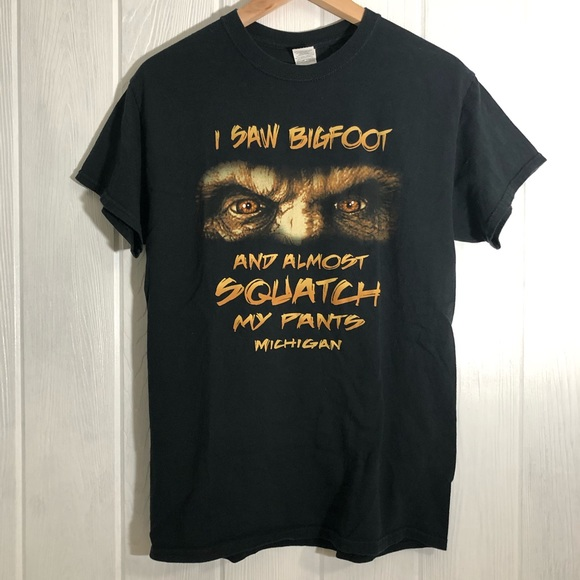 Gildan Other - Bigfoot Michigan Funny Tee T-Shirt Black M